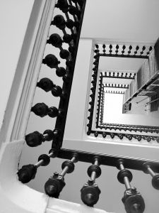 A dream about an elevator, stairs, a ladder drem interpretation