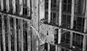 A dream about being kept in prison drem interpretation